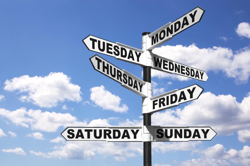 Cụm từ Weekday chỉ ngày trong tuần